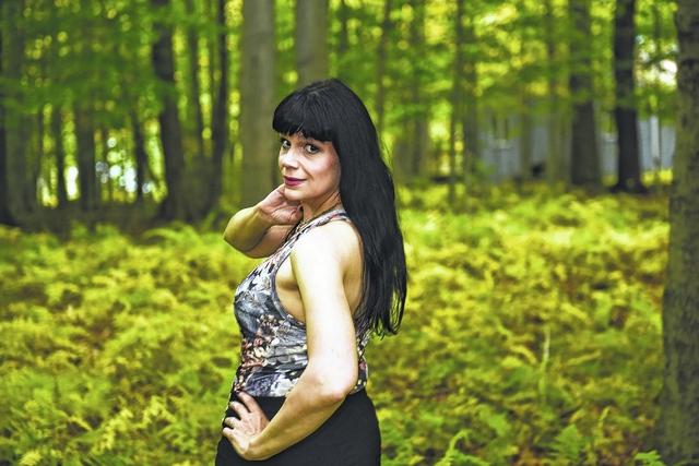 Model of the Week: Dorothy Lee