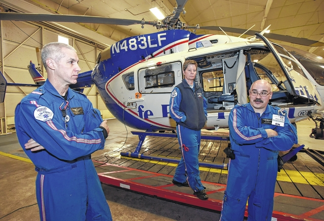 how to become a life flight paramedic
