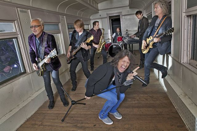 Foreigner comes to F.M. Kirby Center in Wilkes-Barre to play acoustic hits