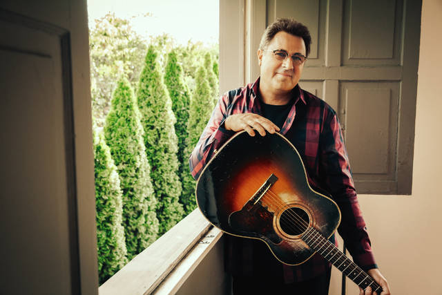 Country heavyweight Vince Gill to perform at Wilkes-Barre's Kirby Center