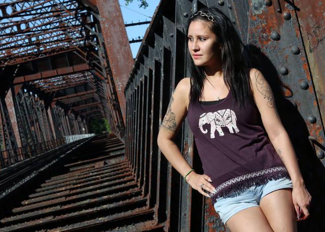 Model of the Week: Sara Gale